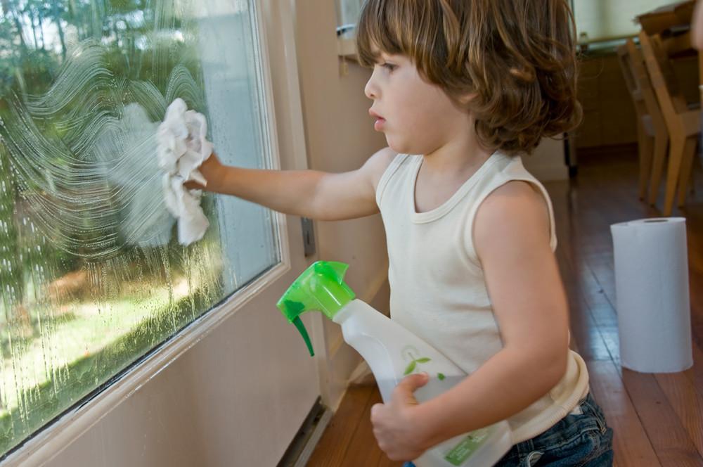 มาเช็ดกระจกหน้าต่างกัน